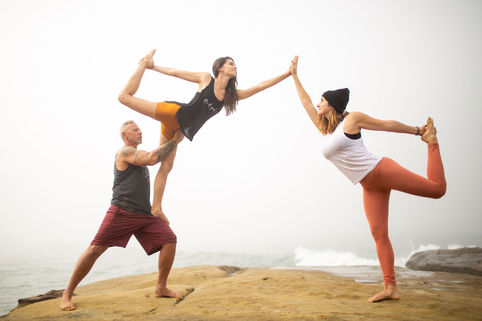sustainable yoga clothes